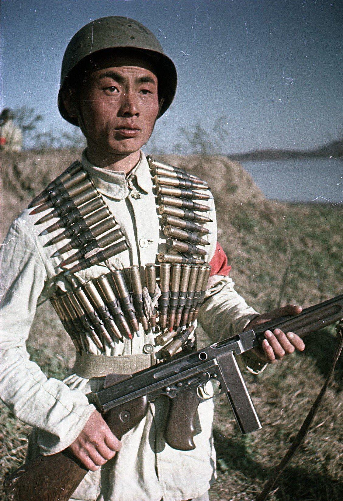 1949. Боец Народно-освободительной армии Китая1