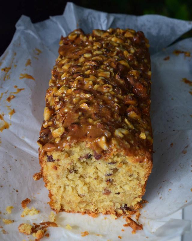 Cake aux noisettes et aux pommes (Kentish cobnut cake) 2