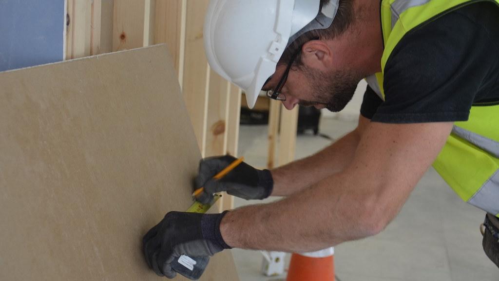 施工测量石膏板