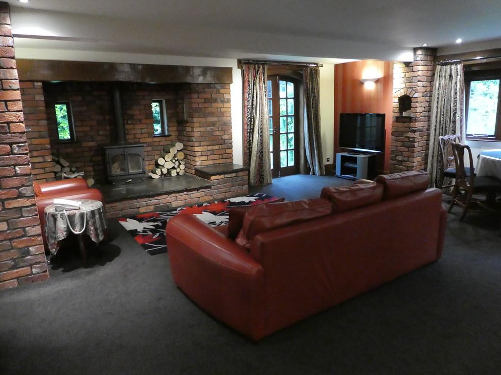 The Staple Oak Suite, Gibbon Bridge Hotel