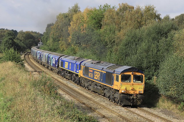 66756 & 66797 double up on 6E09 at Plumley