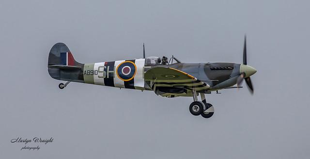 Supermarine Spitfire Mk Vb AB910
