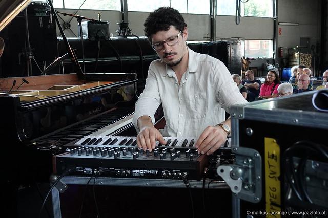 Felix Hauptmann: piano