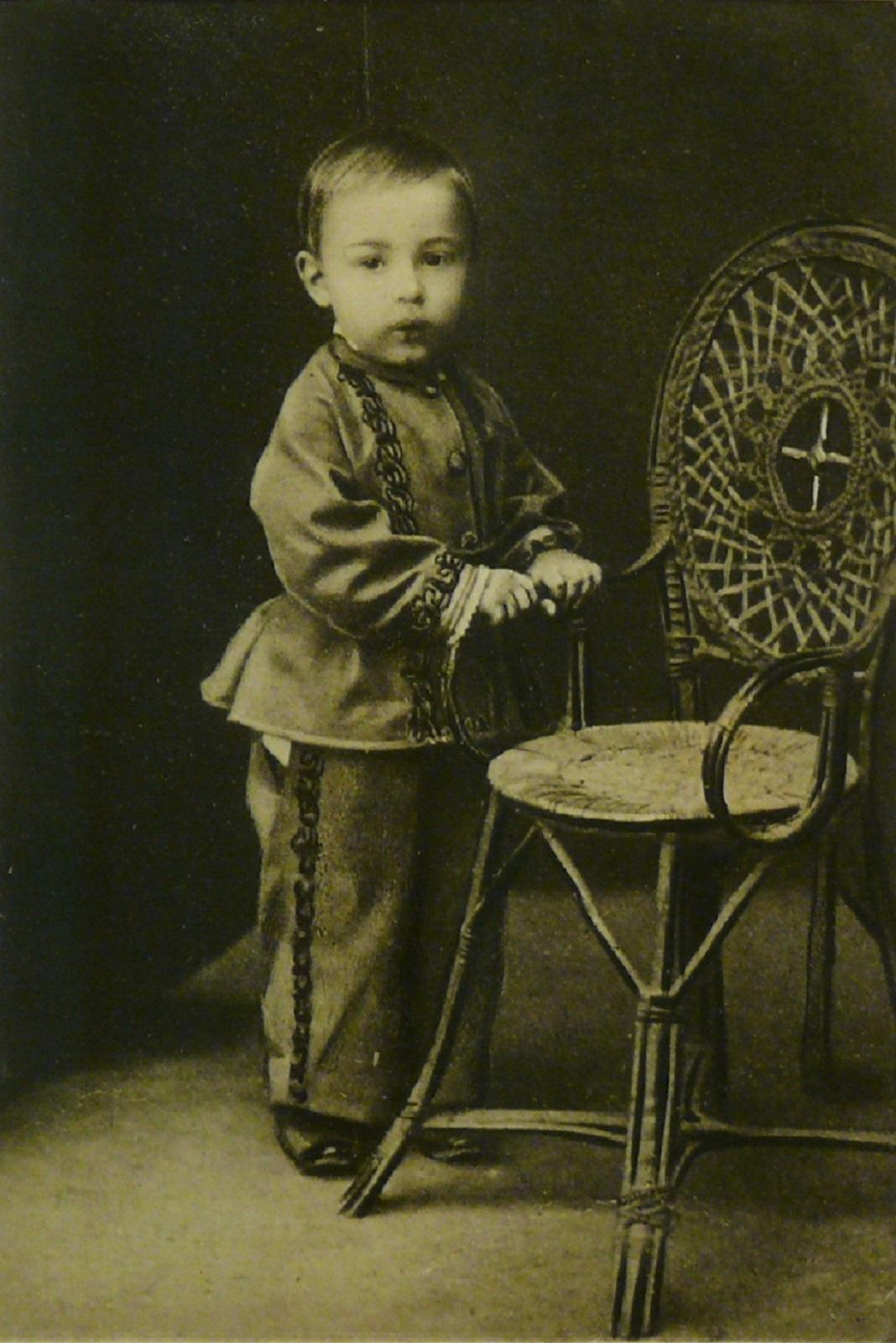 09. 1873. Саша Скрябин в возрасте полутора лет