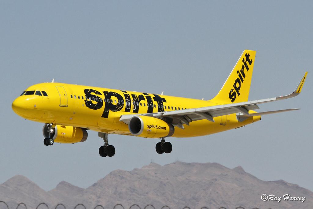 N653NK landing Las Vegas