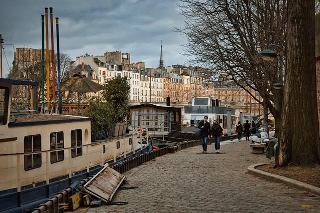 Paris / Port des Saints-Pères / Quai de Conti