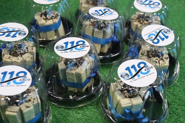 Grêmio celebra aniversário com ações junto a colaboradores