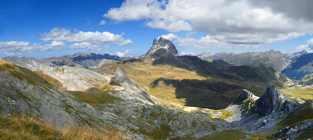 Pic du Midi d'Ossau depuis le pic d'Anéou