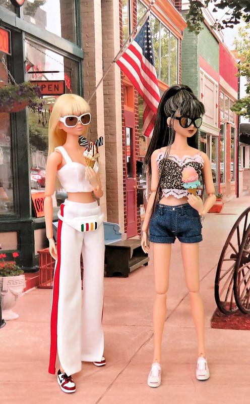 Kati & Jade