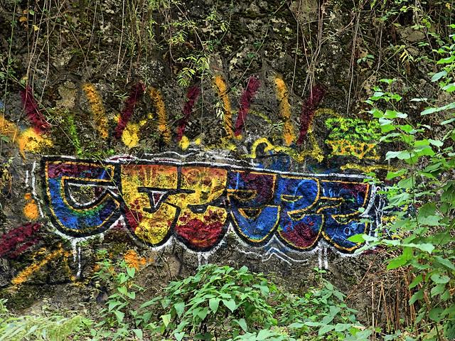 Graff sur le talus
