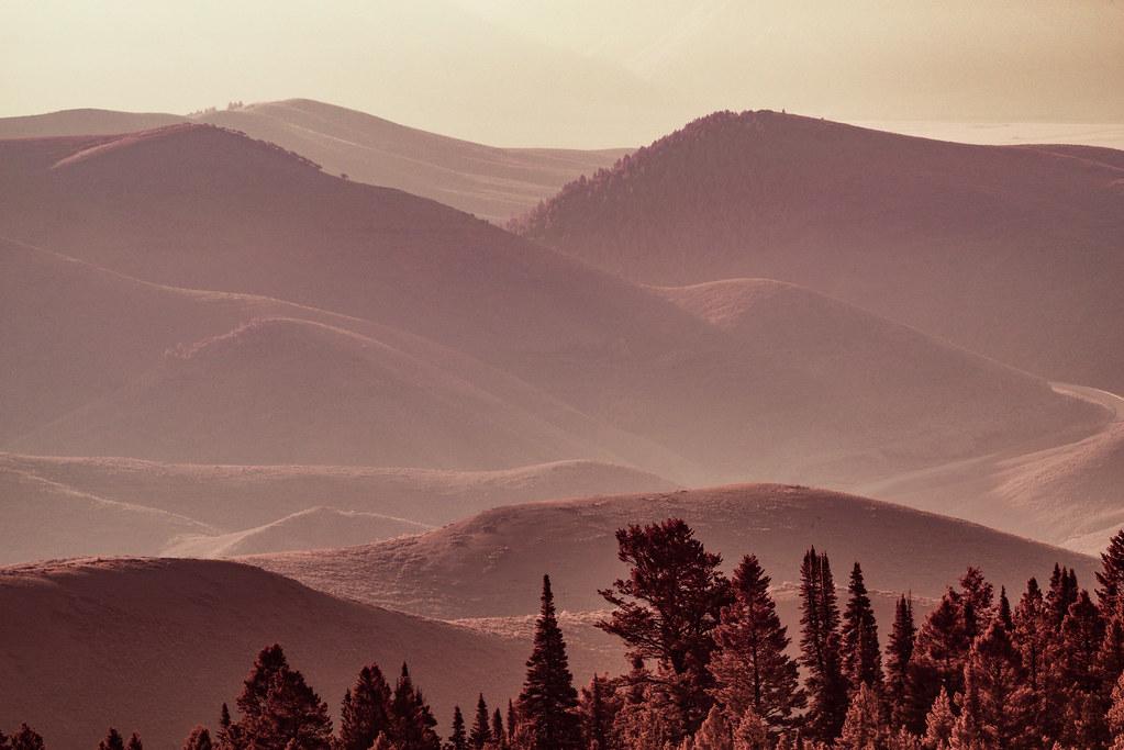 Morning Mountains - Full Spectrum