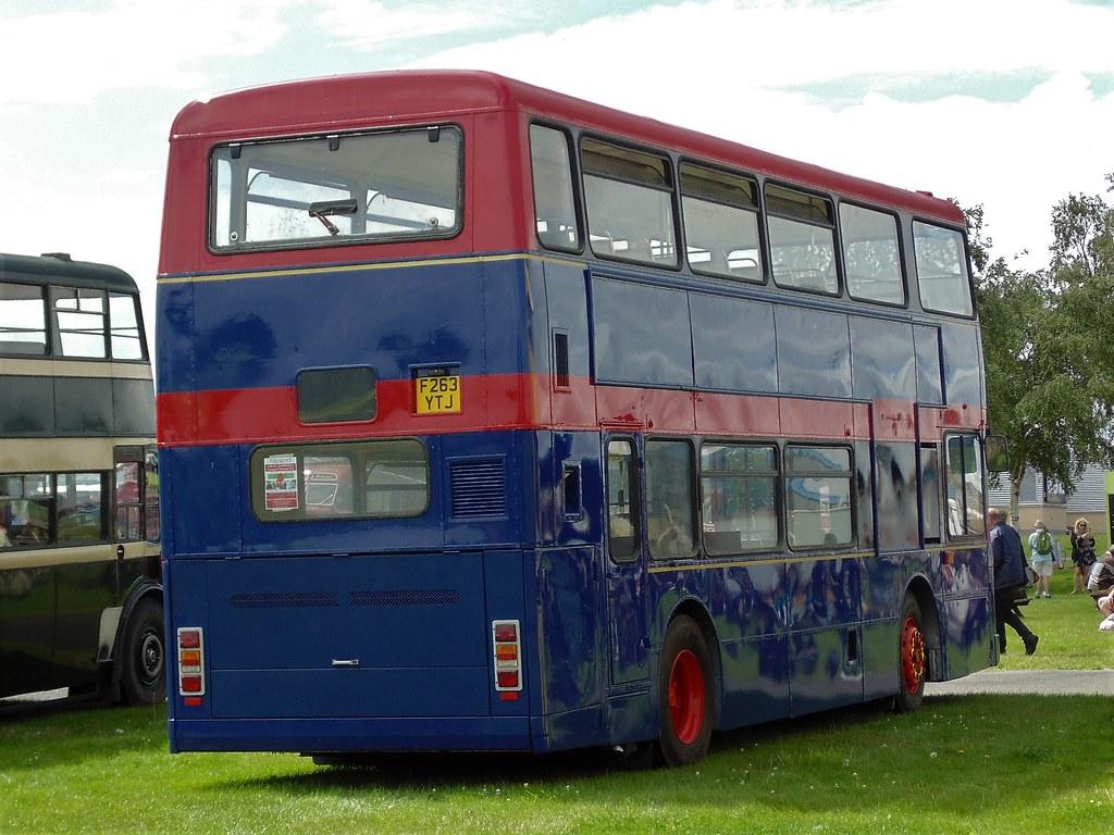 Transdev Burnley Pendle 163 F263YTJ