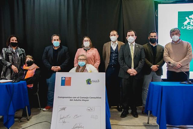 """Municipio crea Consejo Asesor de Adultos Mayores y entrega recursos del Fondo """"Hern�n  Zapata Far�as"""""""