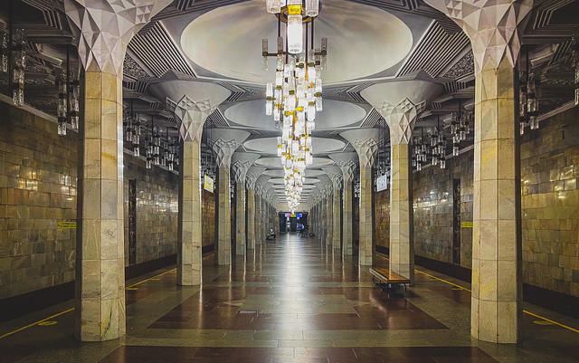 Mustaqillik Maydoni station, Tashkent, Uzbekistan 独立広場の地下鉄駅、タシュケント市、ウズベキスタン (Explored 16/ix/21)