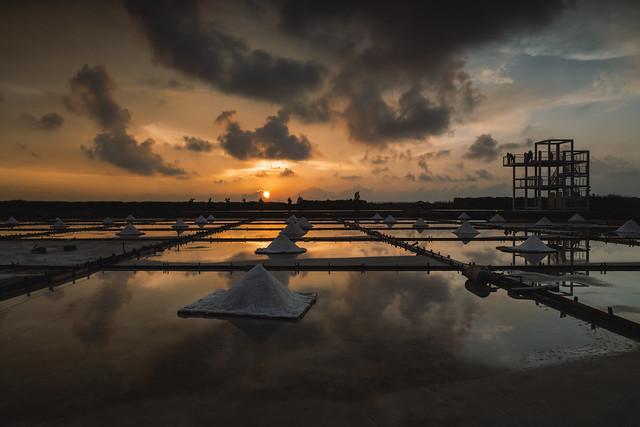 Jingzaijiao Salt Fields Under the Sunset