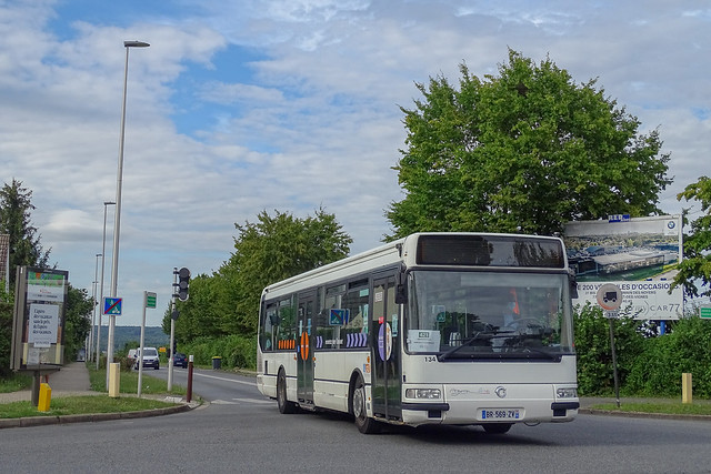 RATP / CEAT - Ligne 421 - Agora Line