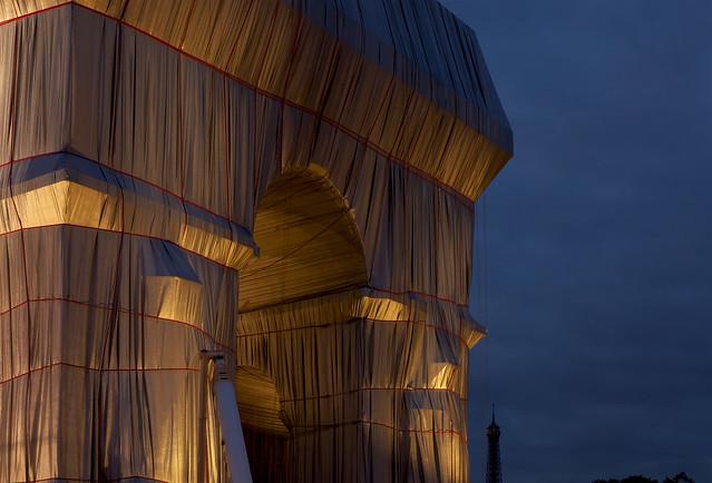 L'Arc de Triomphe, Wrapped