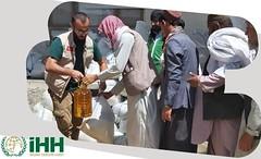 İHH Afganistan'da 8 Bin Kişiye Yardım Ulaştırdı