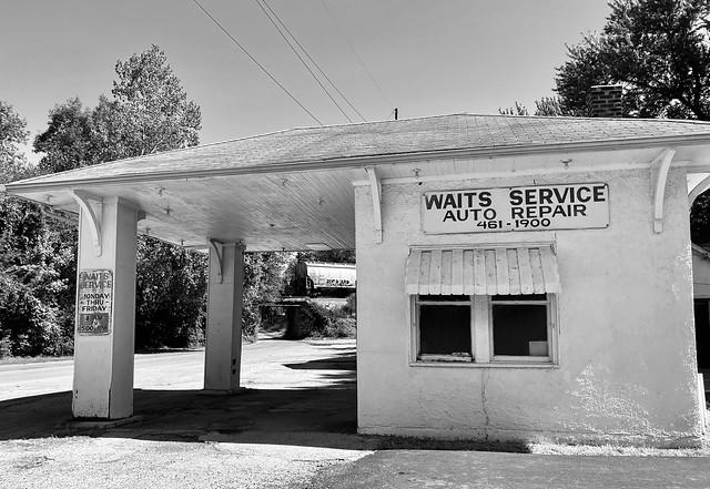 Standard Oil station, circa 1935