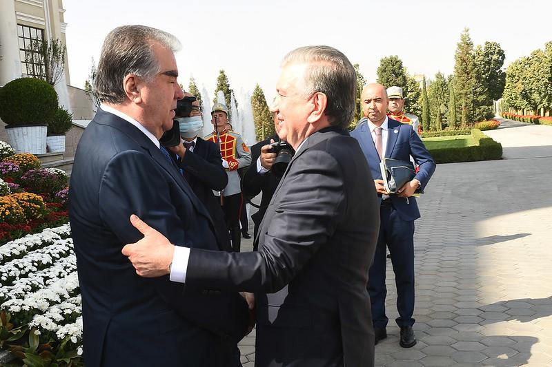 Мулоқот бо Президенти Ҷумҳурии Узбекистон Шавкат Мирзиёев 16.09.2021