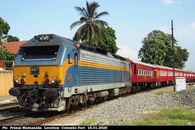 M9 867 on Kandy Intercity Express in 18.01.2020