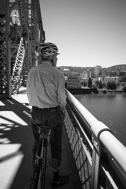 paused on broadway bridge