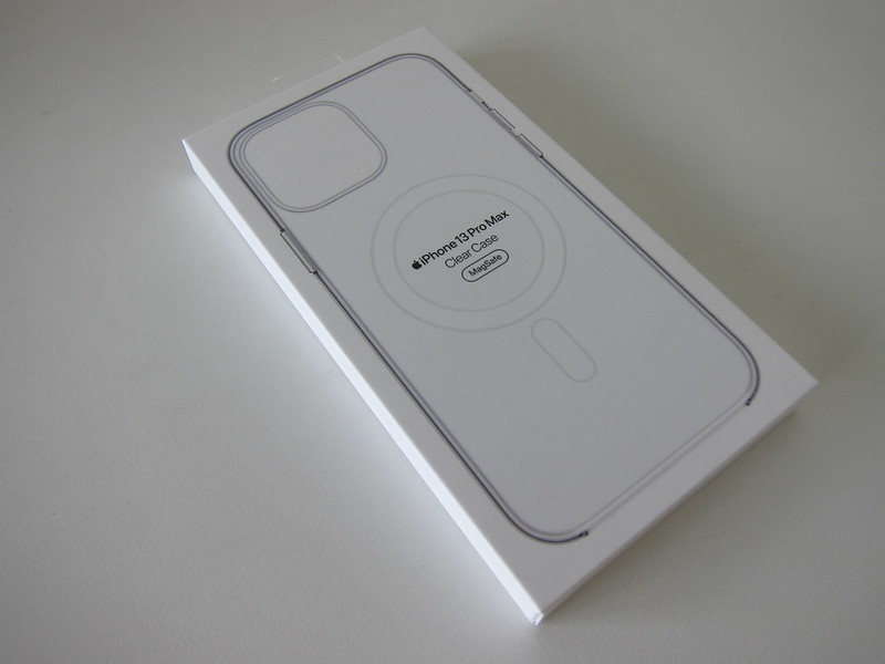Apple iPhone 13 Pro Max Clear Case - Box