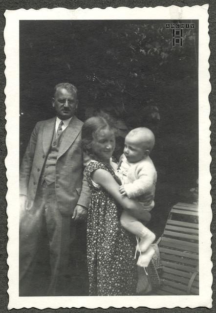 ArchivTappen24Album7o36 Säugling, Gerhard Lobermeyer, Augsburg, 1930er