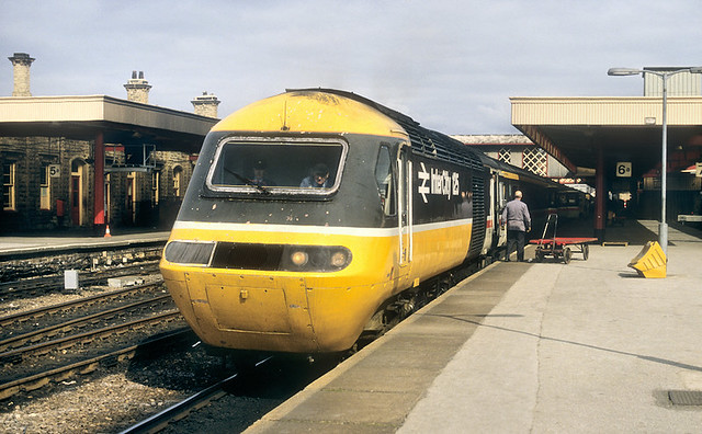 Southbound Cross Country HST At Sheffield.
