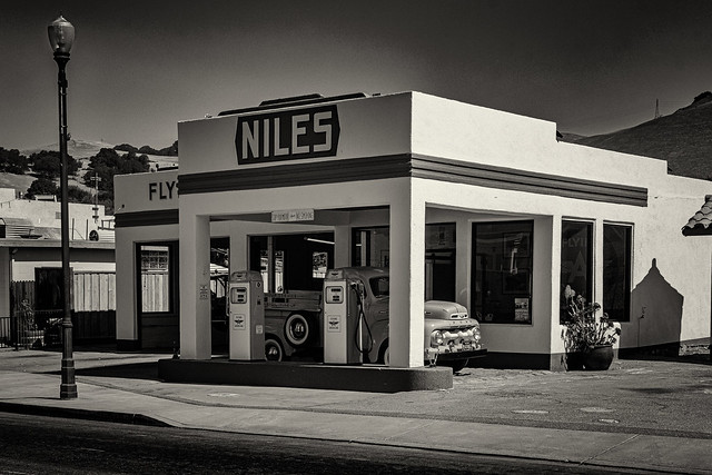 Niles Gas Station  #4 B&W