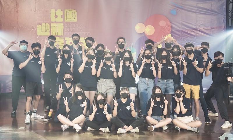 社團迎新嘉年華工作團隊。圖/趙若谷提供