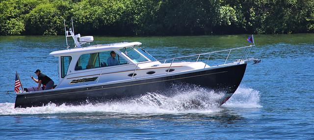 Cruising On the Willamette River