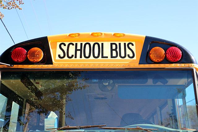 SchoolBus-03