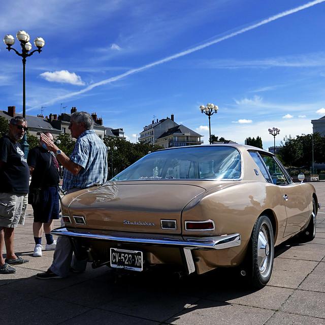 1963 Studebaker Avanti  (2)