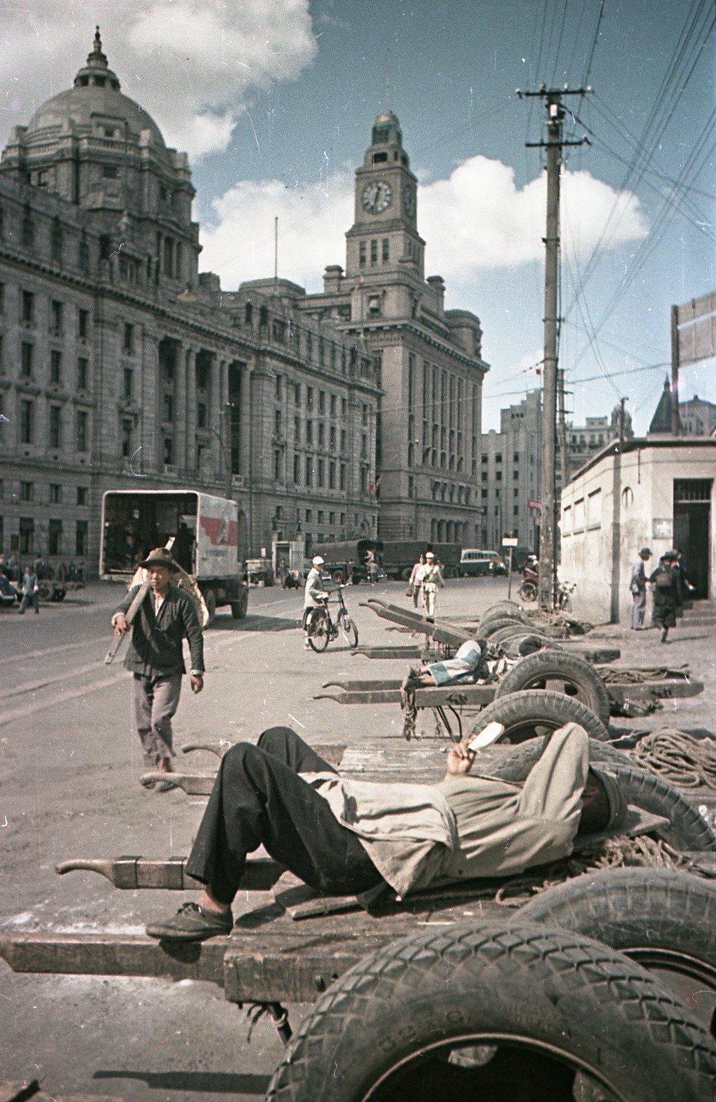 1949. Шанхай