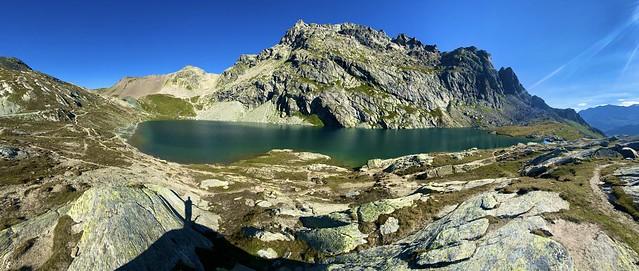 Lunghin lake (2490 m), Graubünden, Switzerland