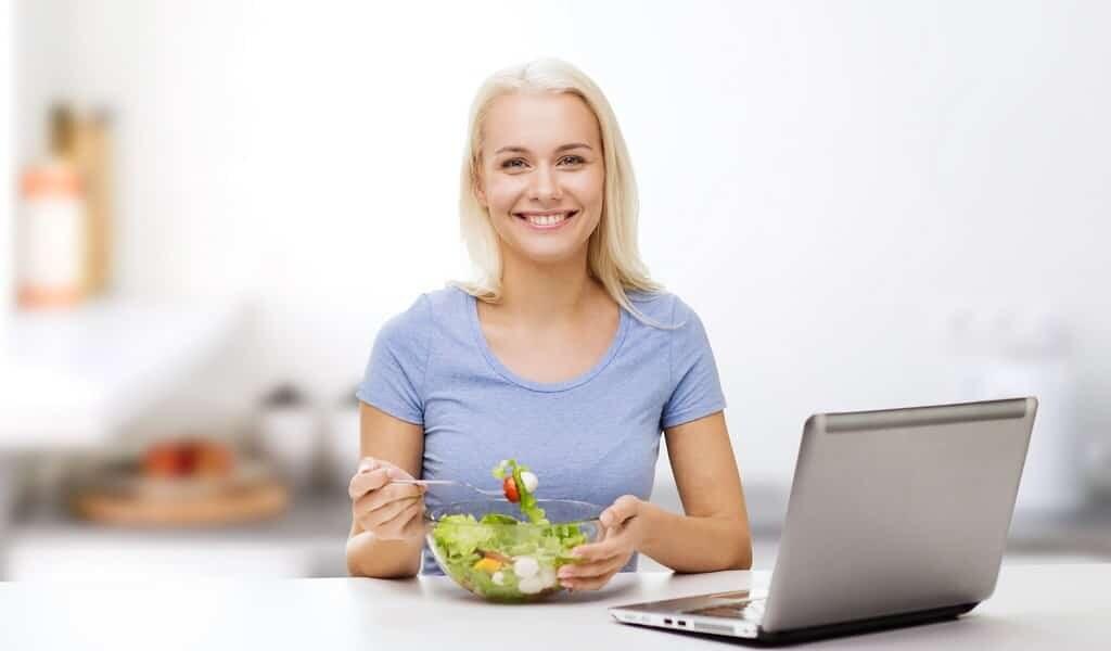 Fruits et légumes et exercice physique vous rendent plus heureux