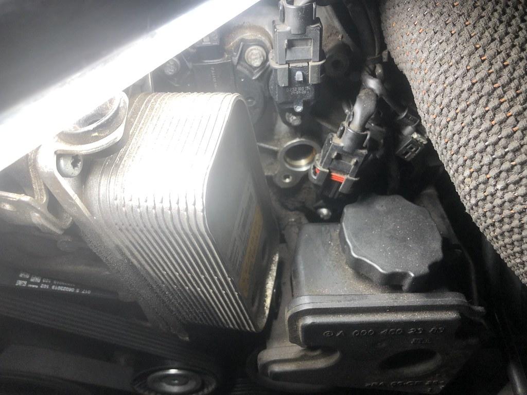 M272 camshaft position sensors