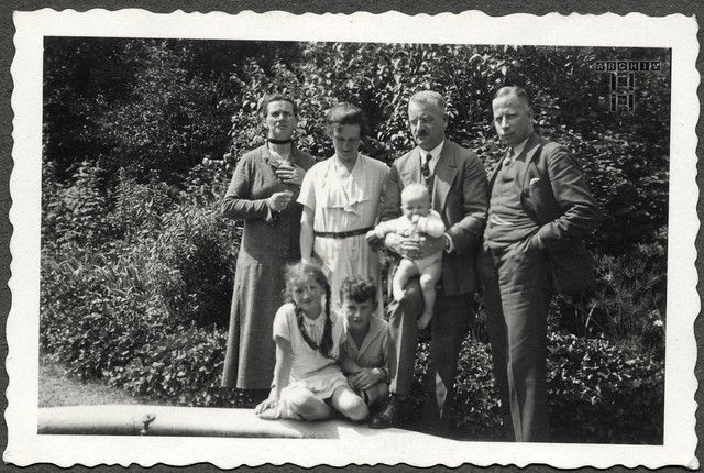 ArchivTappen24Album7o52  Säugling, Gerhard Lobermeyer, Augsburg, 1930er