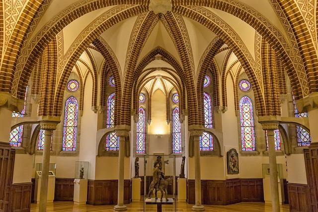 Interior del Palacio de Gaudí (2)