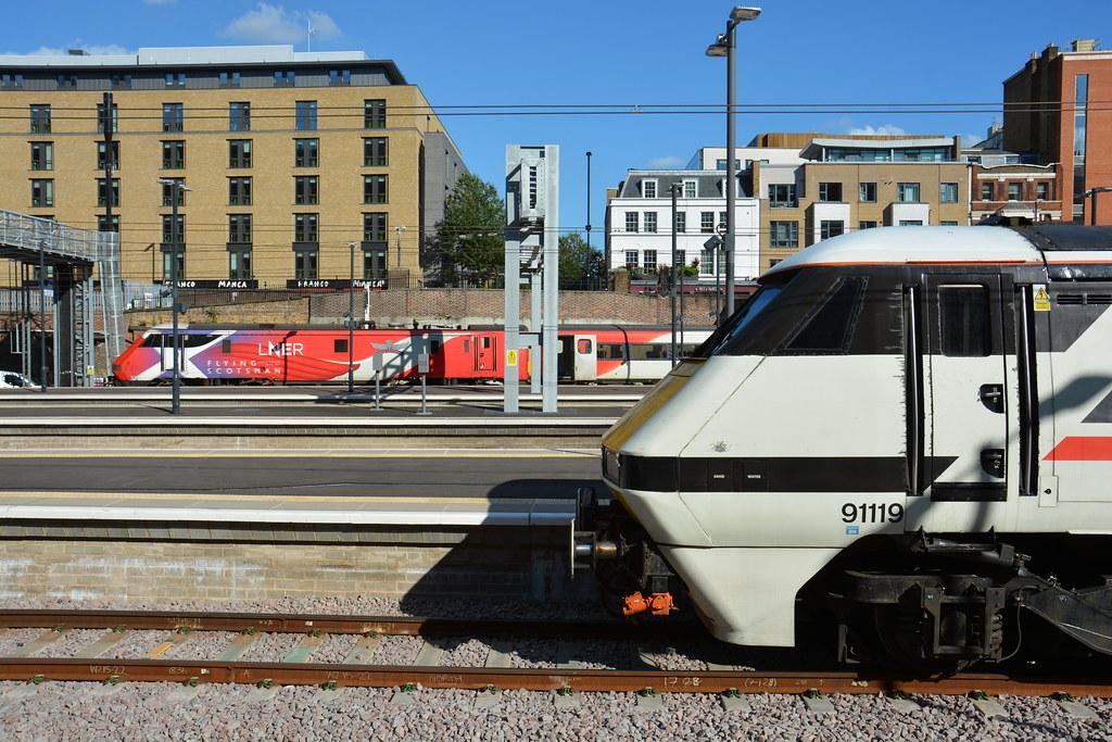 91119 and 91101 London Kings Cross 16/09/2021