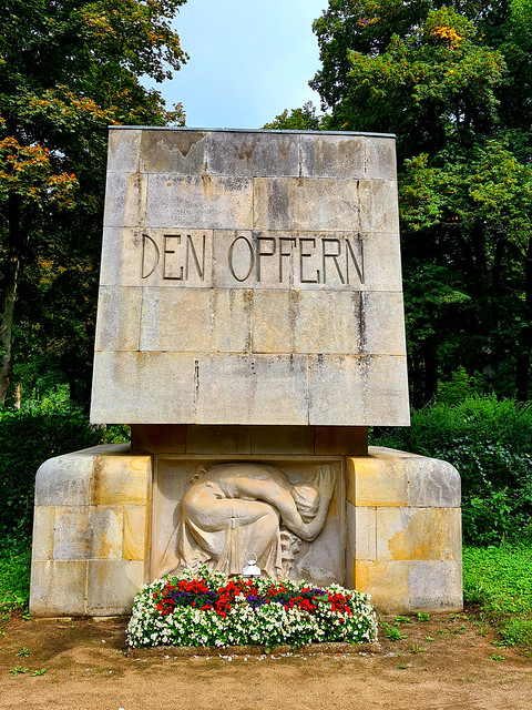 kriegsdenkmal friedhof bergedorf