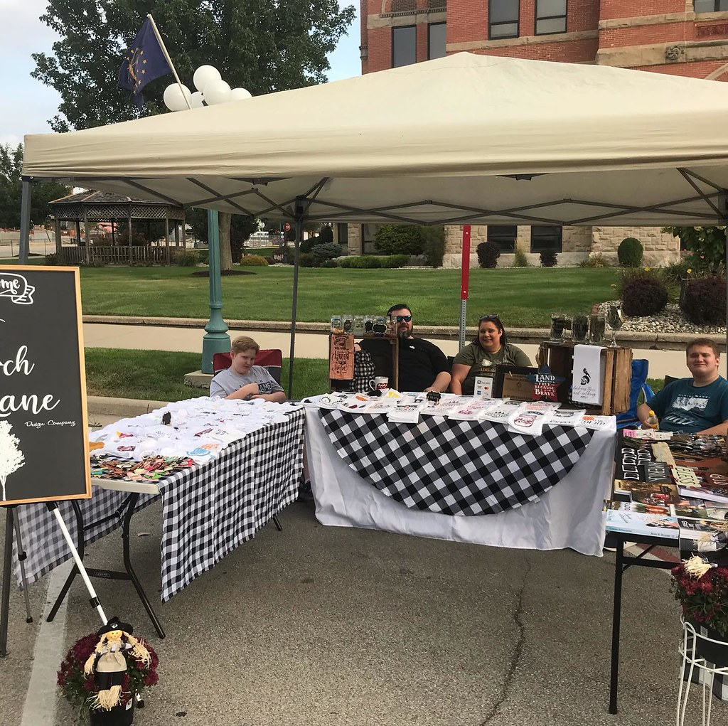 We're up at the Noble County Courthouse square for the fall celebration and cruise-in … come see Charis' White Birch Lane collection. She'll have some of our books up there, too! #autumn #noblecounty #noblecountyindiana #albionindiana #festival #albion #b