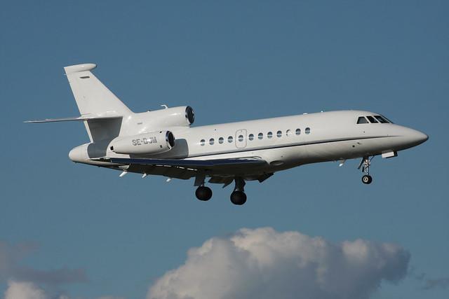 Bromma Business Jet  Dassault Falcon 900EX SE-DJM 140831 BMA