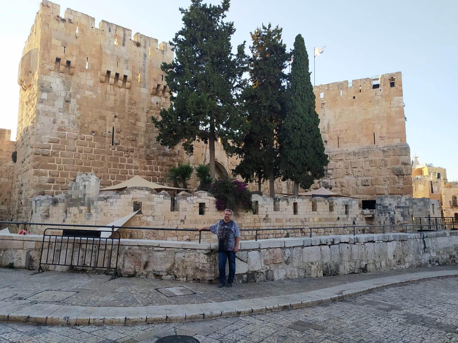05. У башни Давида