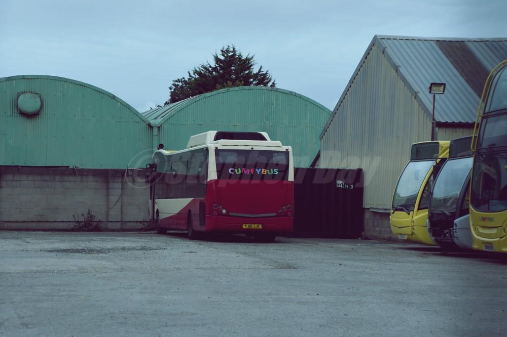 Cumfybus YJ61JJK Optare Versa V1110H ex Diamond Bus. Russell Road Southport 12.9.21