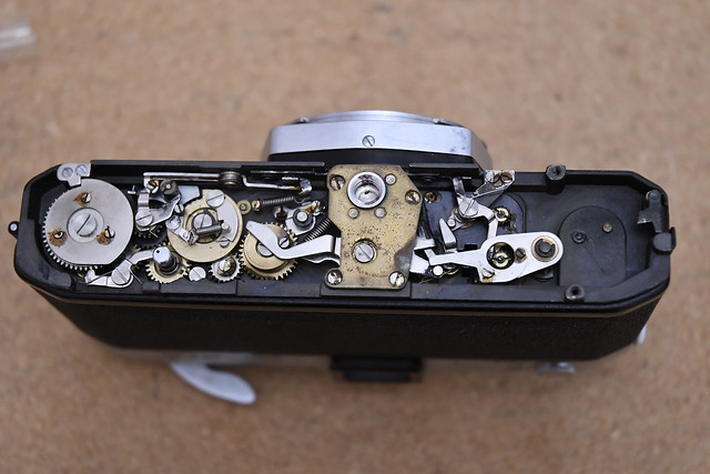 Canon FX Baseplate removed