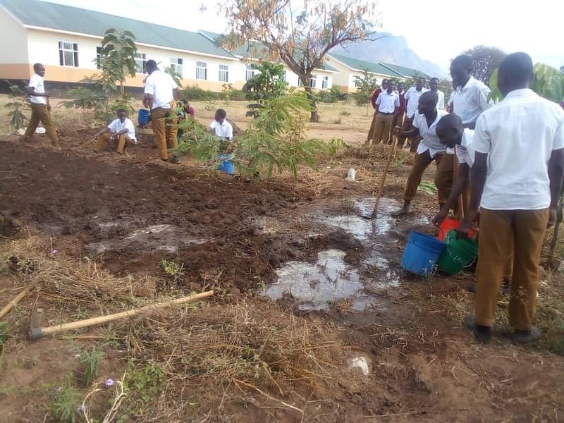 Mji Mpya Secondary School