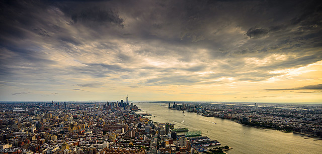 Panoramic Shot of NY Skyline from the Edge