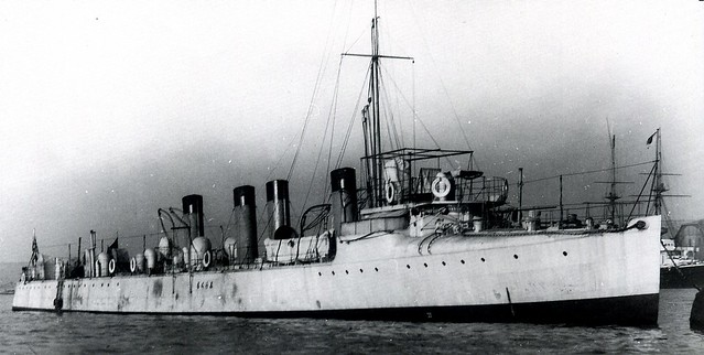 apanese destroyer Shirakumo during commissioning, in London England, 1902